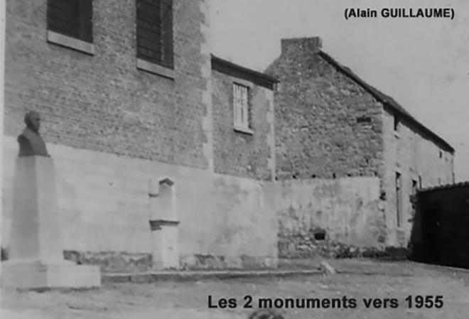 2 MONUMENTS 1955 660 web2.jpg