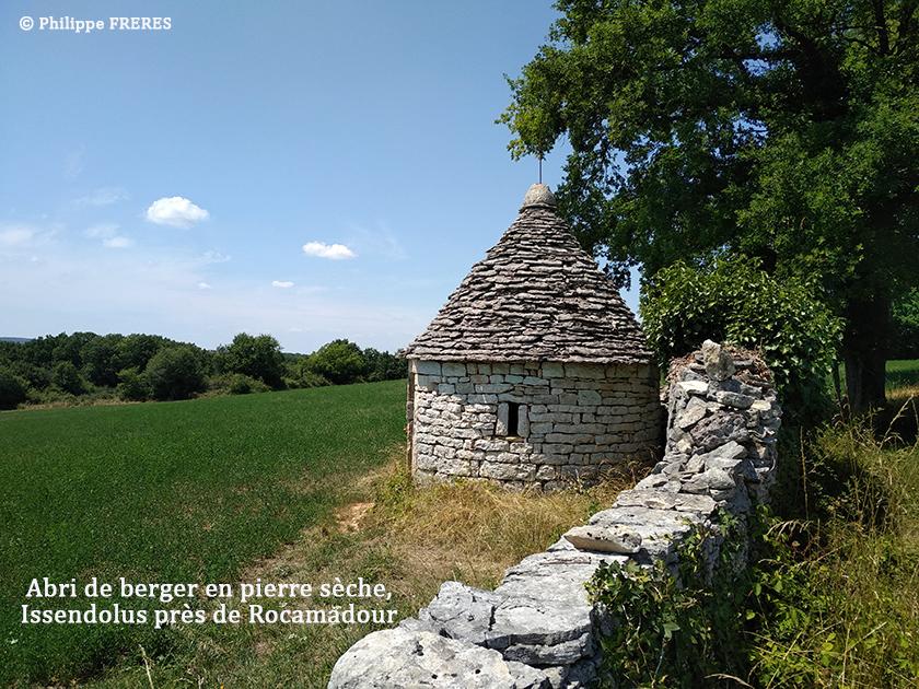 Abri de berger en pierre sèche, Issendolus près de Rocamadour 840