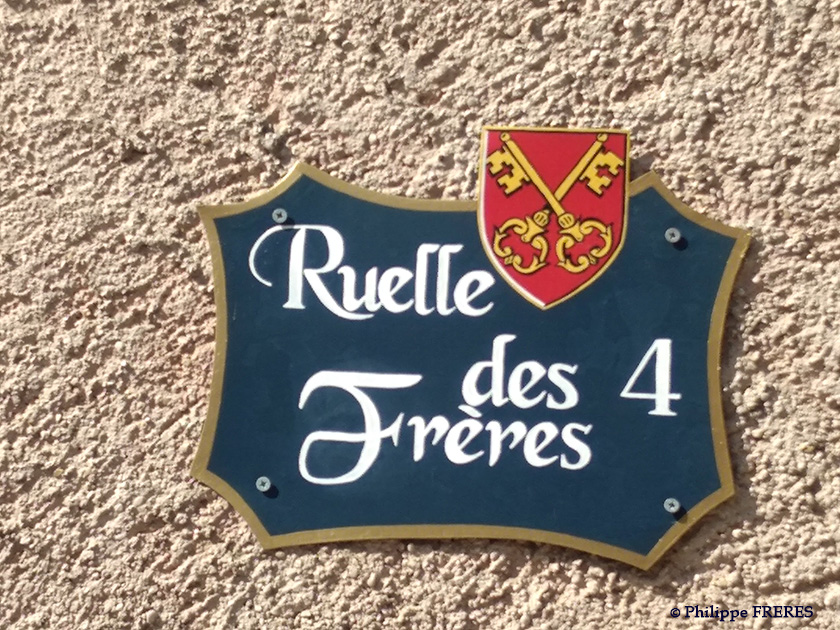 RUELLE FERES 840